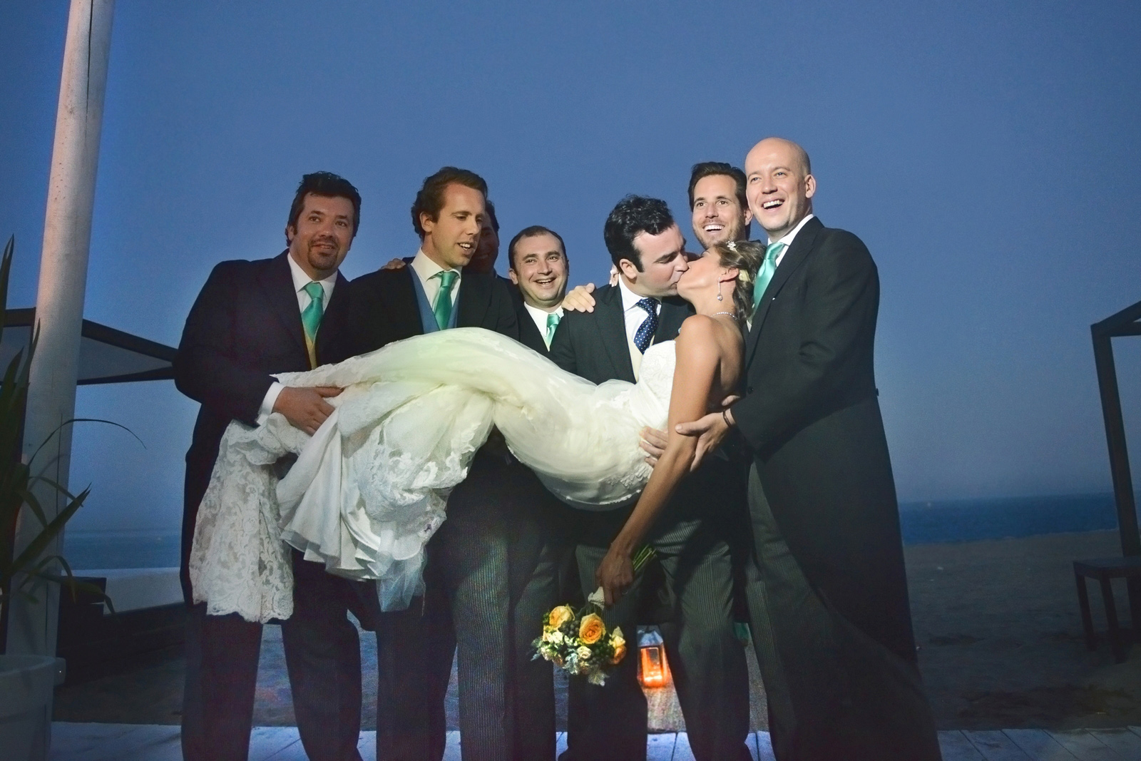 funny photos wedding at marbella