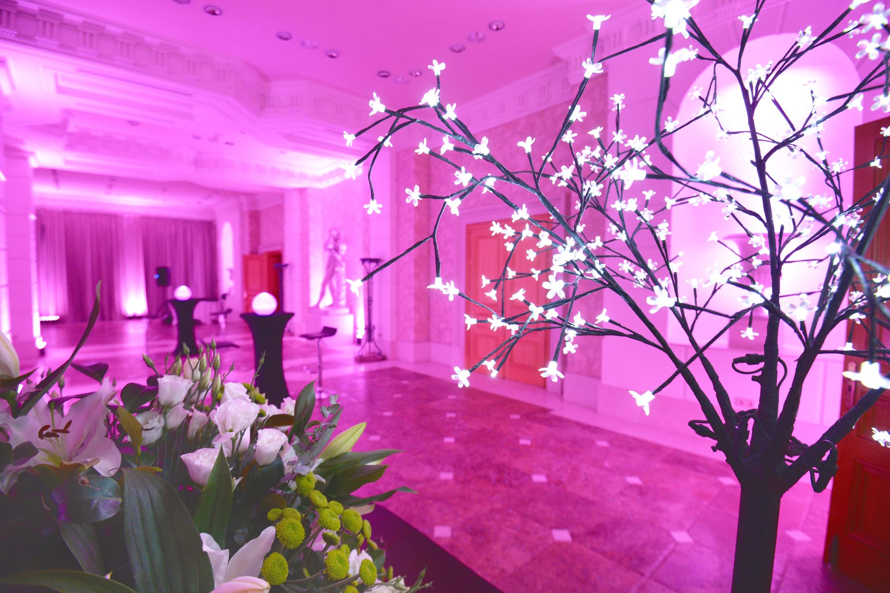 Villa Padierna Palace wedding party